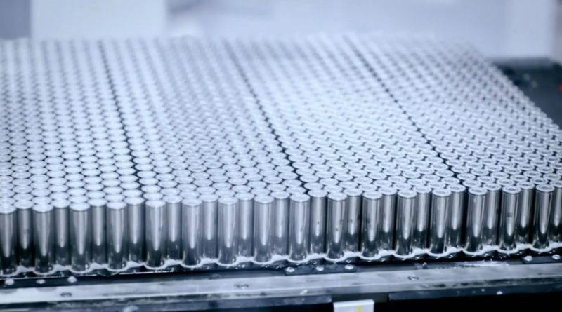 Tesla объявила о новой сделке по аккумуляторам Panasonic